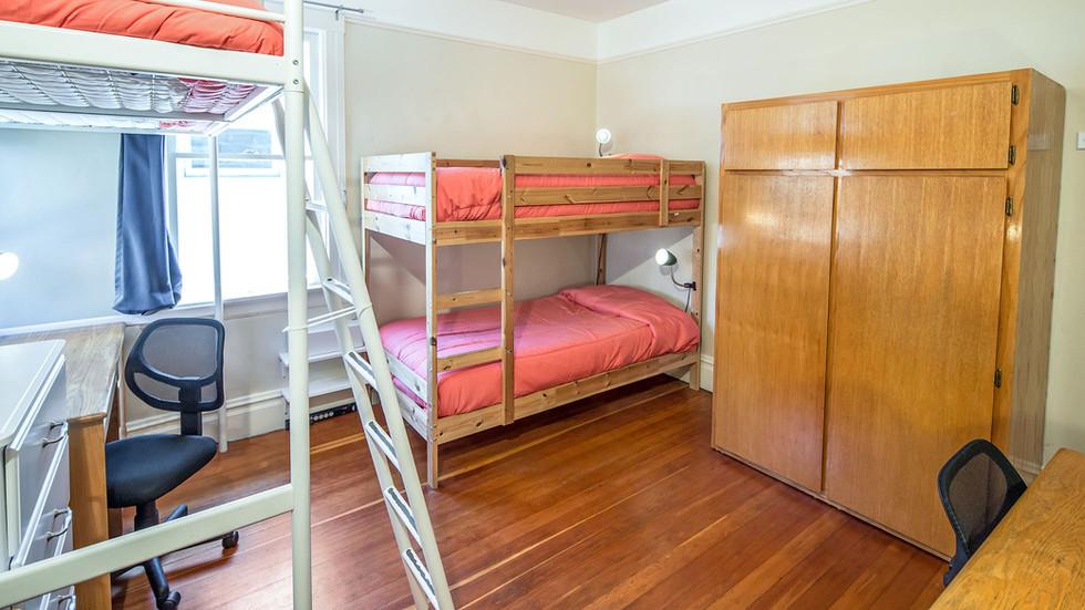 Room 04 Angle 02 - 2U1A2228 - 1960w 72pp