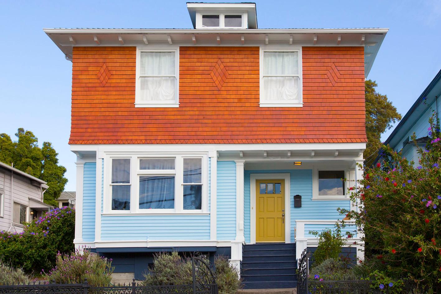 Casa Cedar Front 02 - cleaned up.jpg