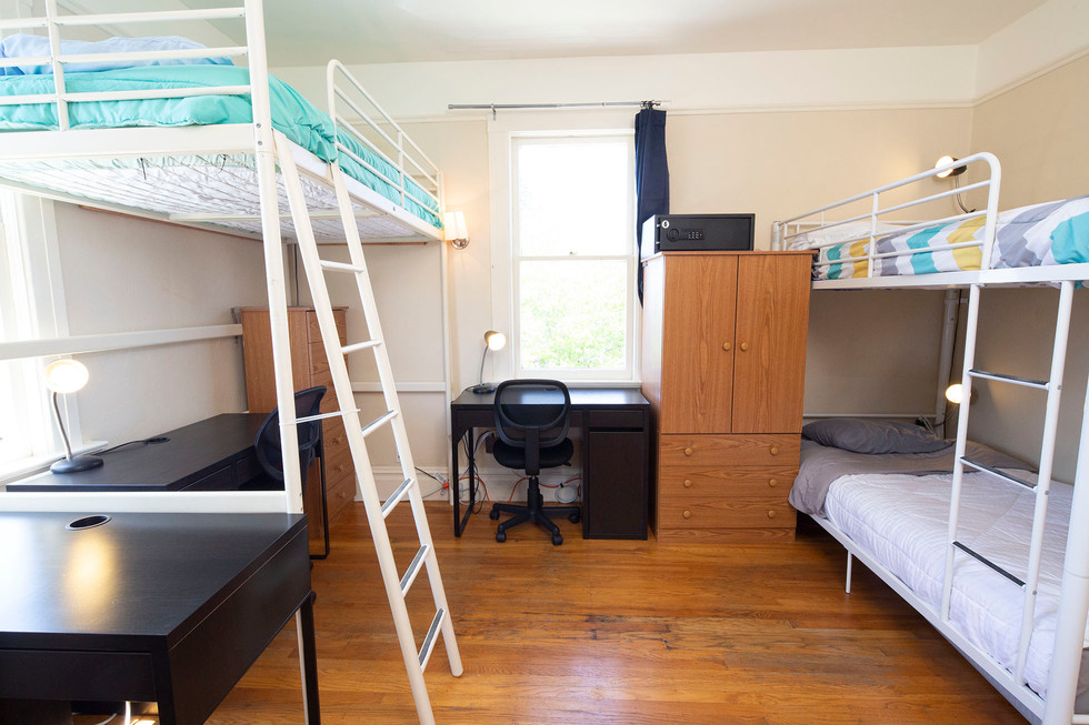 Room 2 - 1 - 1960x1306 72ppi.jpg