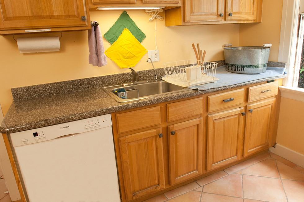 Kitchen4 1960w.jpg