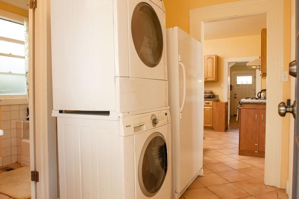 Laundry-Casa Cedar 1960w 72ppi.jpg