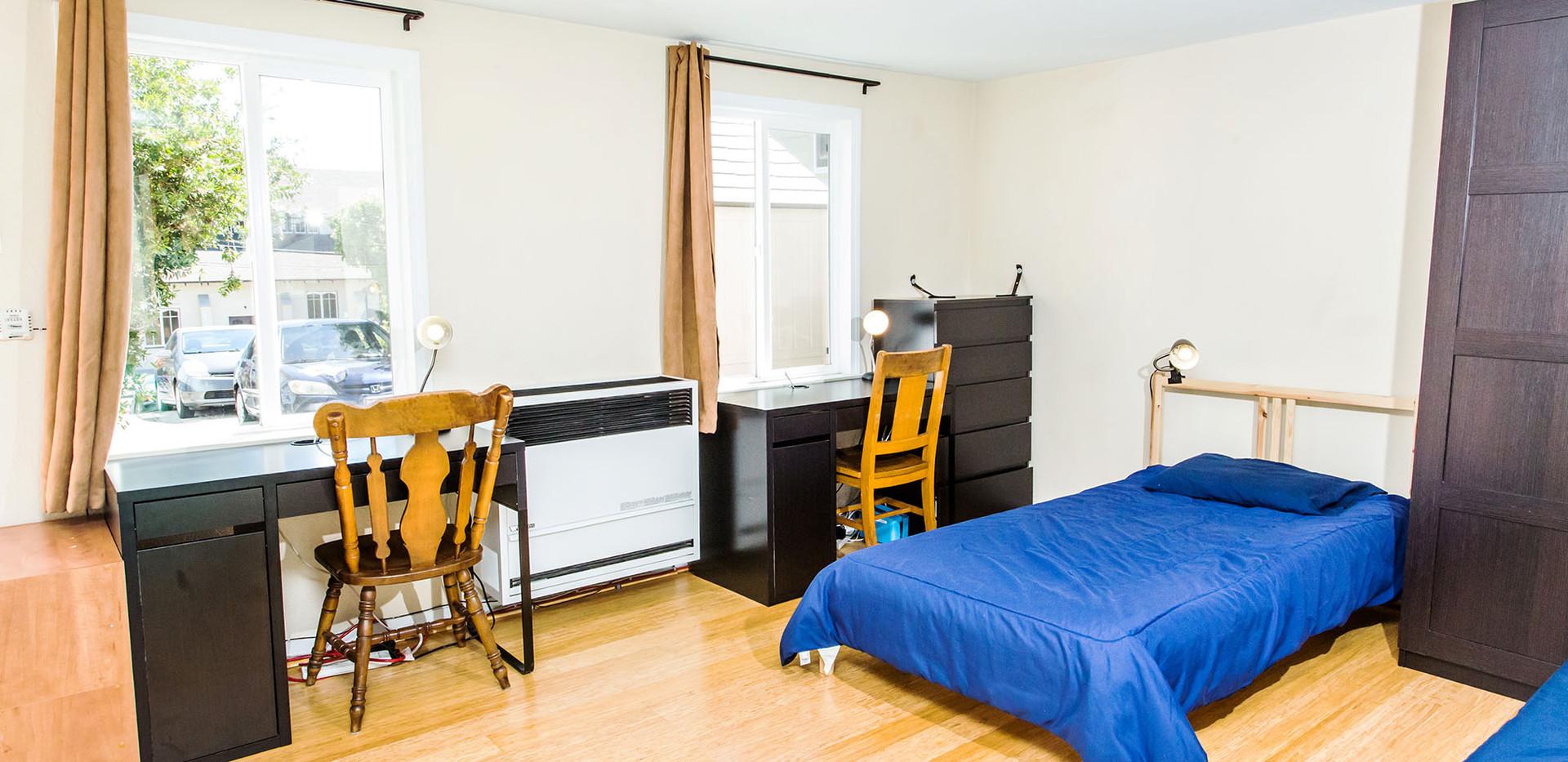 Room 7-2 1960x1210 72 ppi.jpg