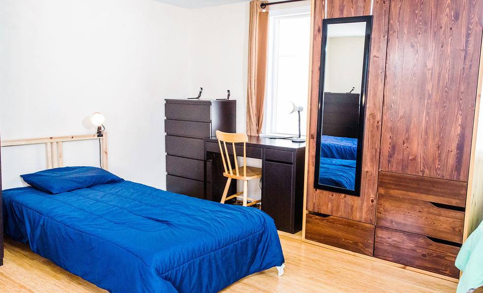 Room 7-4 1960x1400 72 ppi.jpg