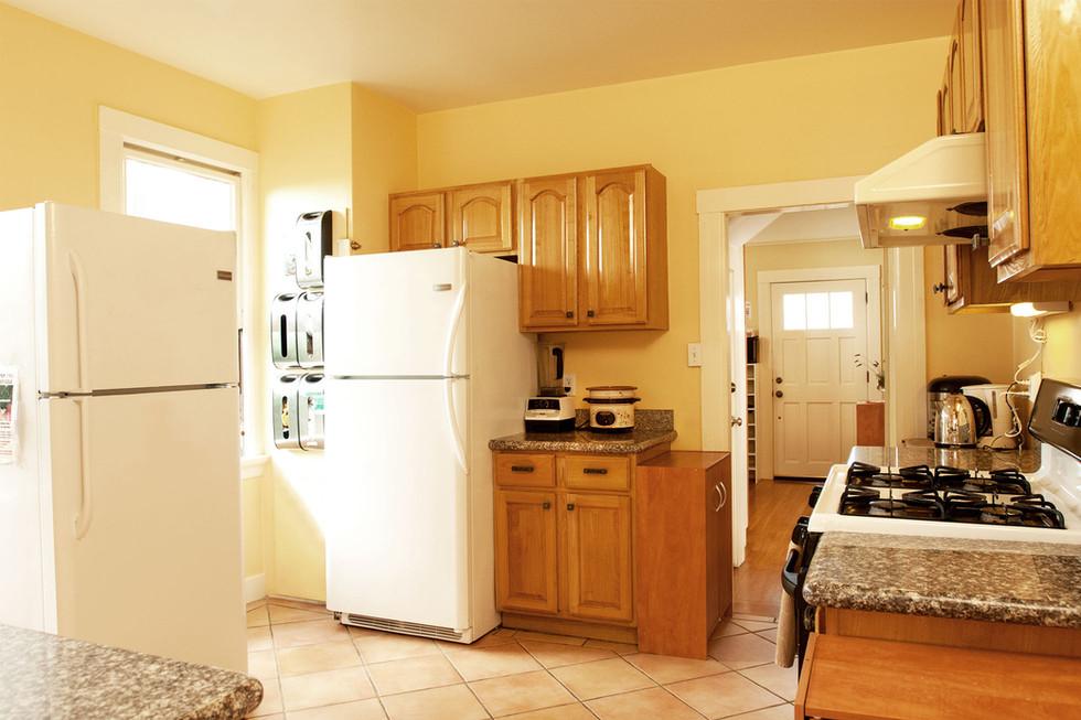 Kitchen1 1960w.jpg