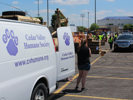 CVHS Receives Grant From Humane Society Of The United States To Continue Pet Food Pantry Work