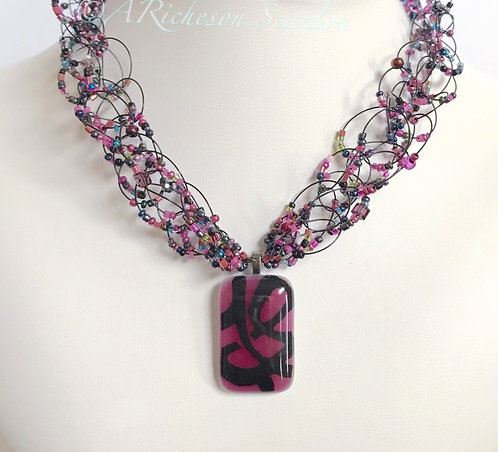 J107  Sangria Night Necklace