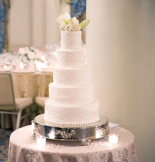 Wedding cake _ Taj_revJules _reduced.jpg