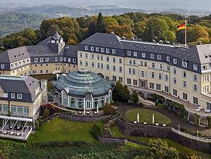 Das Hotel Petersberg.jpg