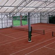 Tennisbanen vanuit bovenruimte.JPG