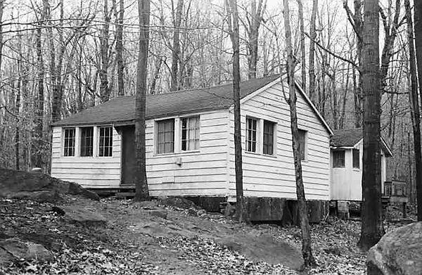 White-Cottage-3.jpg