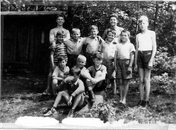 campers1943_2.JPG