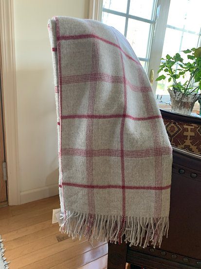 Alpaca Blanket - Gray and Red Check