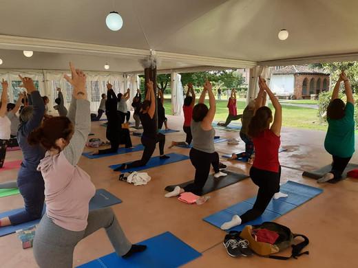Yoga al castello.jpg