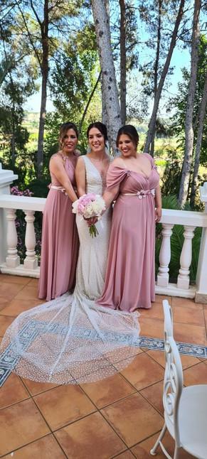 Belleza de Damas con encanto especial , nos acompañan esta temporada de bodas y celebraciones 2021🥂