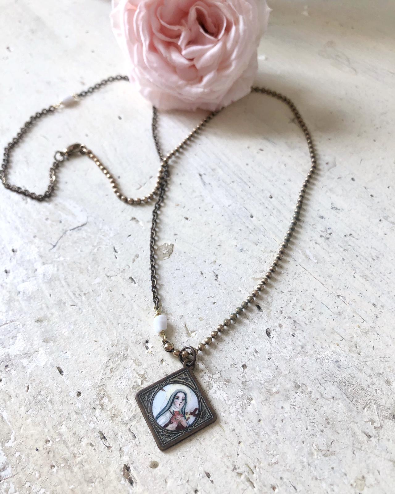 @storieinitaly_jewelry #LuckySaints