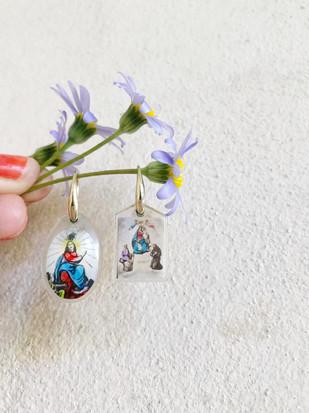 Sweet vintage saints earrings