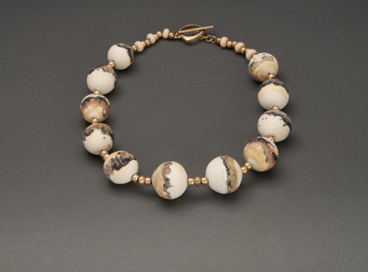"""""""Myvatn"""" necklace."""