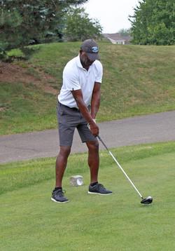 19 Golf (18)