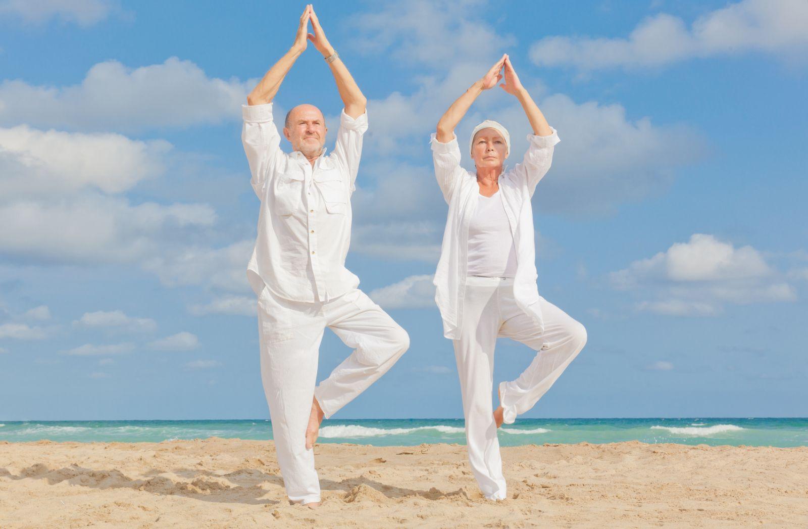Yoga Dorada 60+