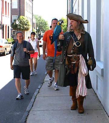 Charleston Tour with pirate