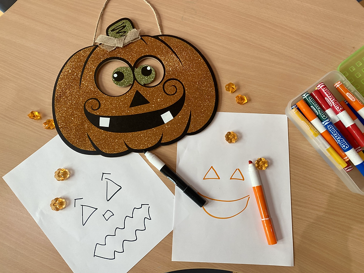 Paper and pumpkins drawings