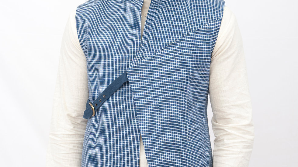 Hnadwoven linen checks bundi with fastning