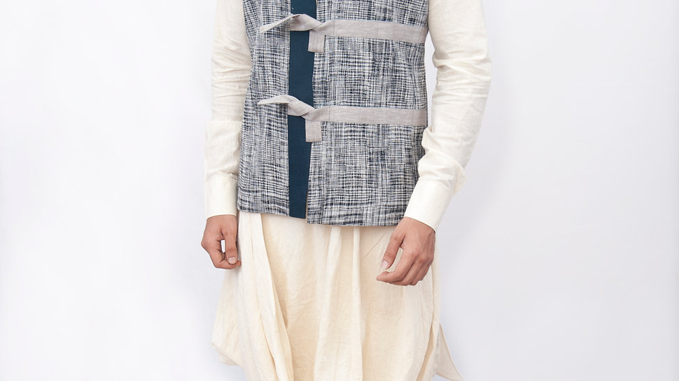 Handwoven linen tie up style Bundi