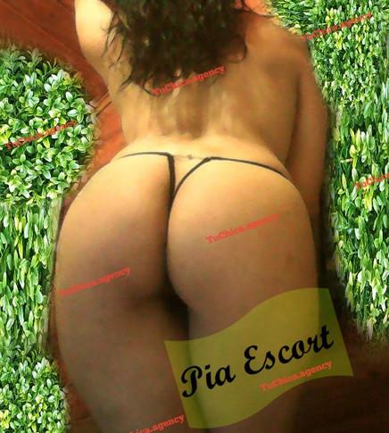 Pia Escorts