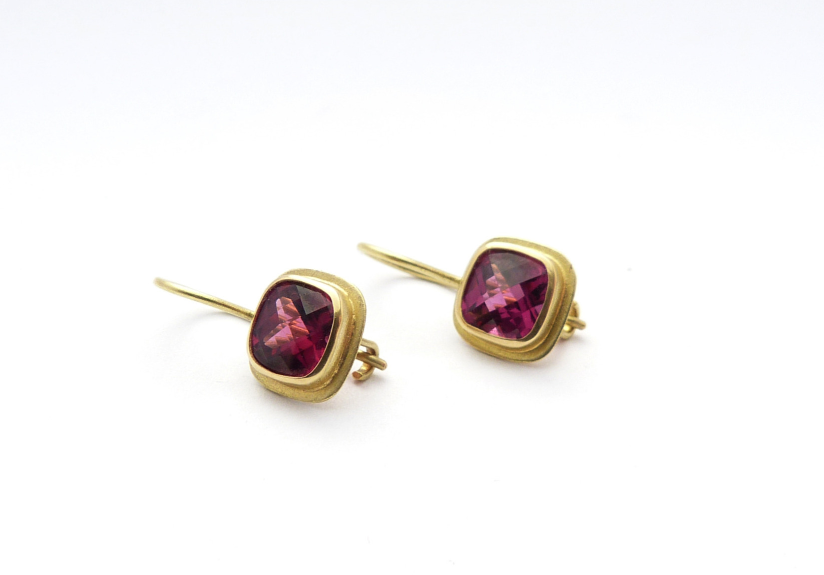 Ohrringe 750er Gold, Rhodolit