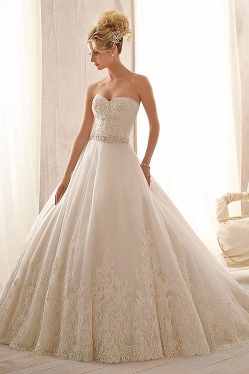 Mori Lee Sz. 8