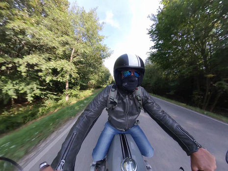 Sommer 2020 / Umbau BMW R 100 GS music by Kenny Chesney - Trip Around the Sun