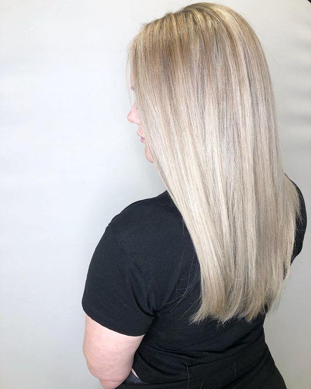 Ice ice baby 🌬❄️ Healthy Platinum blond