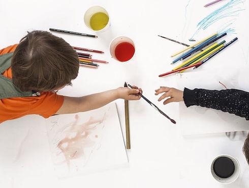 enfants peinture.JPG