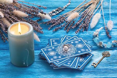 Tirage tarot Genève, cartes bleue