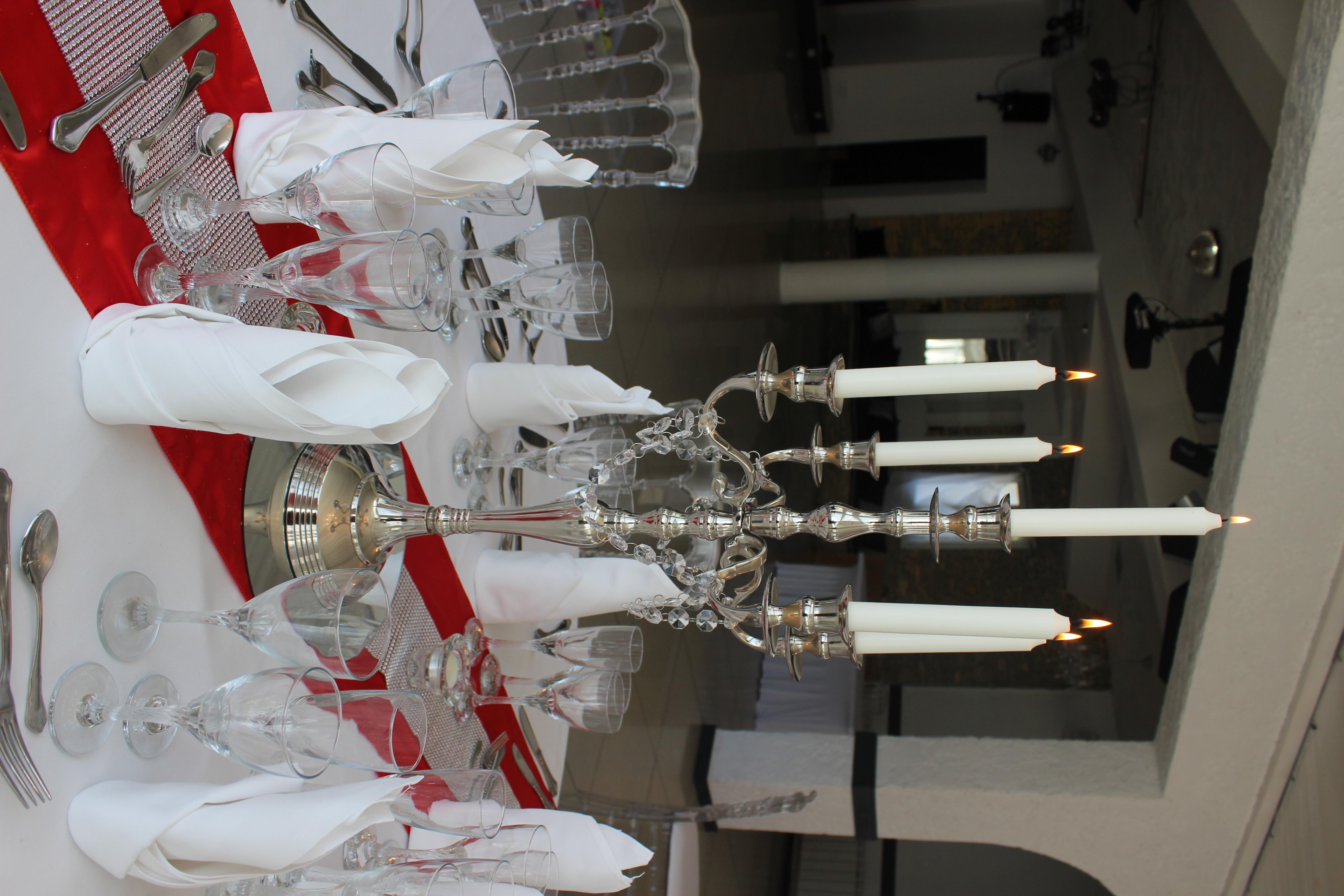 chandelier 1C