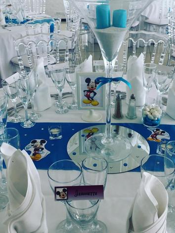 vase martini bleu