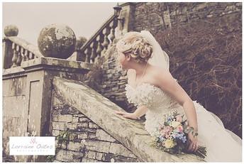 Here comes my wedding photographer