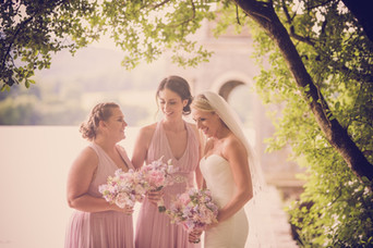 Female wedding photographer with bridesmaids