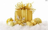 Gift Wrapping in Gold