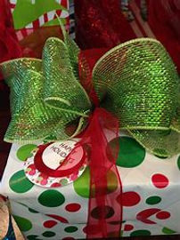 christmas hand tied bows, green bow, elegant christmas bow, green and red bow