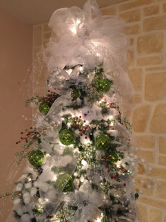 Holiday Wedding Lime accent