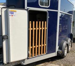 Horse Box Gate 1a.jpg