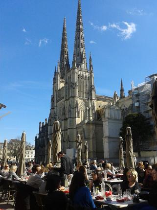 Cathédrale, place de l'hôtel de ville -Bordeaux