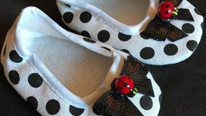White andBlack Polka Dot Infant Crib Shoes (6-9 mo) with Lady Bugs