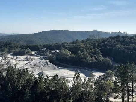 Indústria de cimento coloca em risco mananciais de água em São Paulo