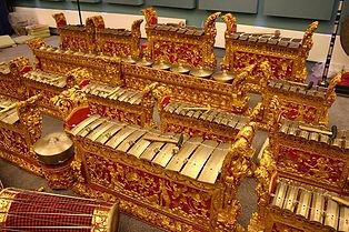 Balinese gamelan (1).jpg