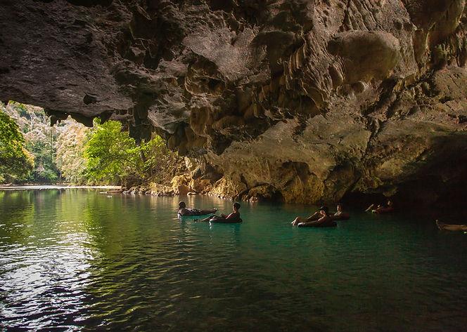 cave tubing 1- new2.jpg