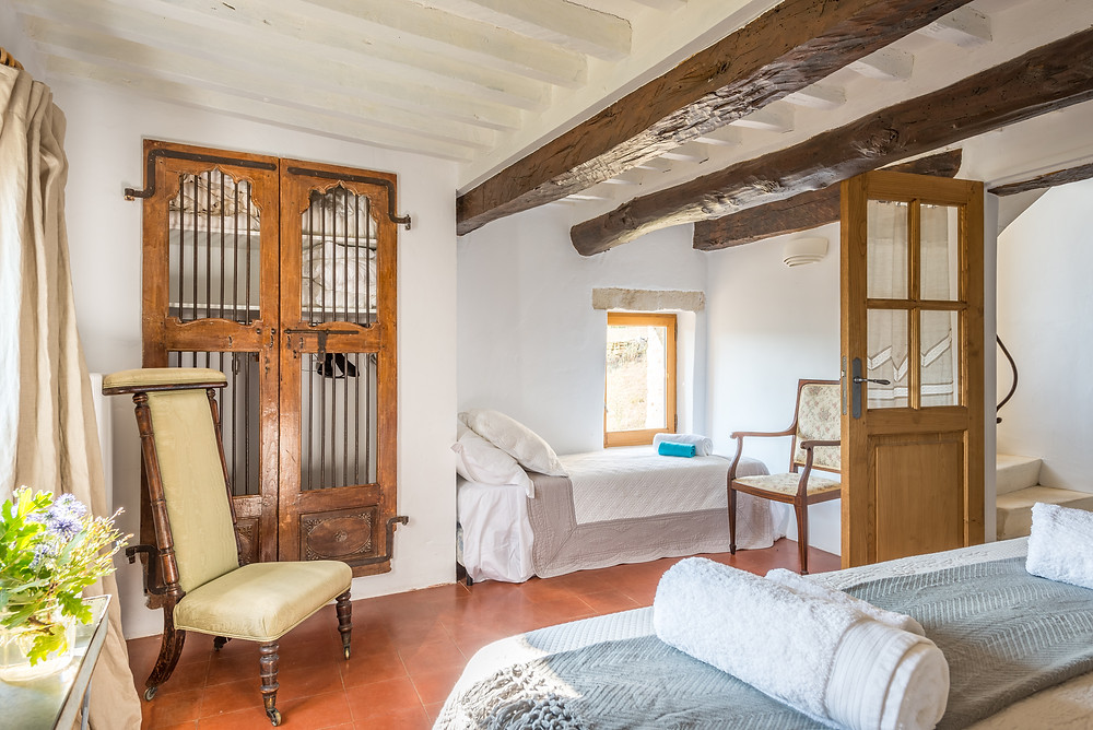 Several areas of the large luxury family villa in Provence sleep children making this is a great option for family holidays in the South of France