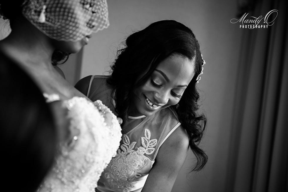 bride-and-bridesmaid-black-and-white-Man