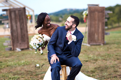 wedding-happy-couple-laughing-Mandy-O-ph